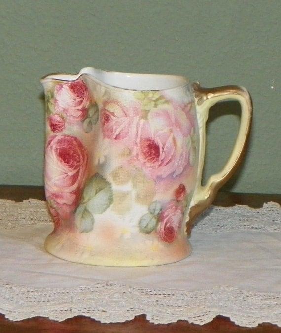 vintage royal bayreuth tapestry rose porcelain cream pitcher. Black Bedroom Furniture Sets. Home Design Ideas