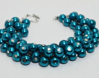 Teal Cluster Bracelet, Chunky Bracelet, Bridal Jewelry, Teal Wedding Bracelet, Pearl Jewelry, Pearl Cluster Bracelet, Teal Pearl Bracelet.