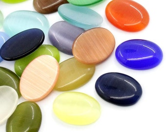 10 Glass Oval Cabochons - At Random - Flat Backs - 14x10mm - Ships IMMEDIATELY from California - C139