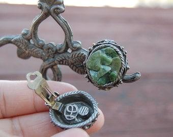 vintage 1950's GREEN stone jade clip-on earrings