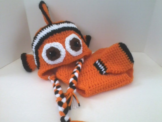 43ac617dc5476 Finding Nemo Inspired Clown Fish Baby Diaper Cover And Hat