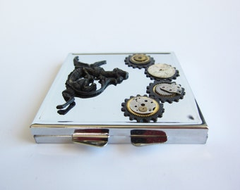 Steampunk Compact Mirror - Dual Glass Compact -  Gothic - Watch Gears, Watch faces, Watch Pieces