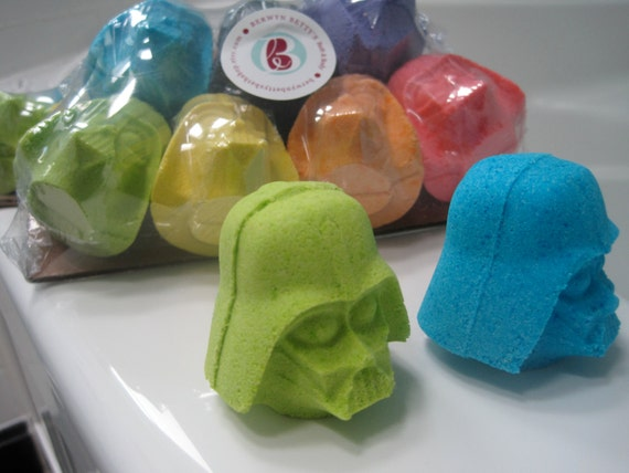 7 Bath Bombers Kid Friendly Bath Bombs With Surprise Inside