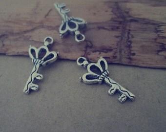 30pcs of antique silver Key pendant charm 13mmx25mm