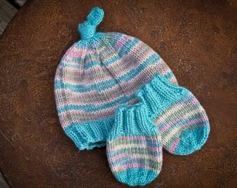 Newborn to three months,hat,mittens,infant,baby,pink,turquoise,cream,green,gift,photo prop,shower