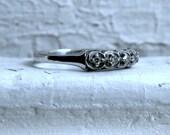 Scalloped Edge Vintage 14K White Gold Diamond Wedding Band.