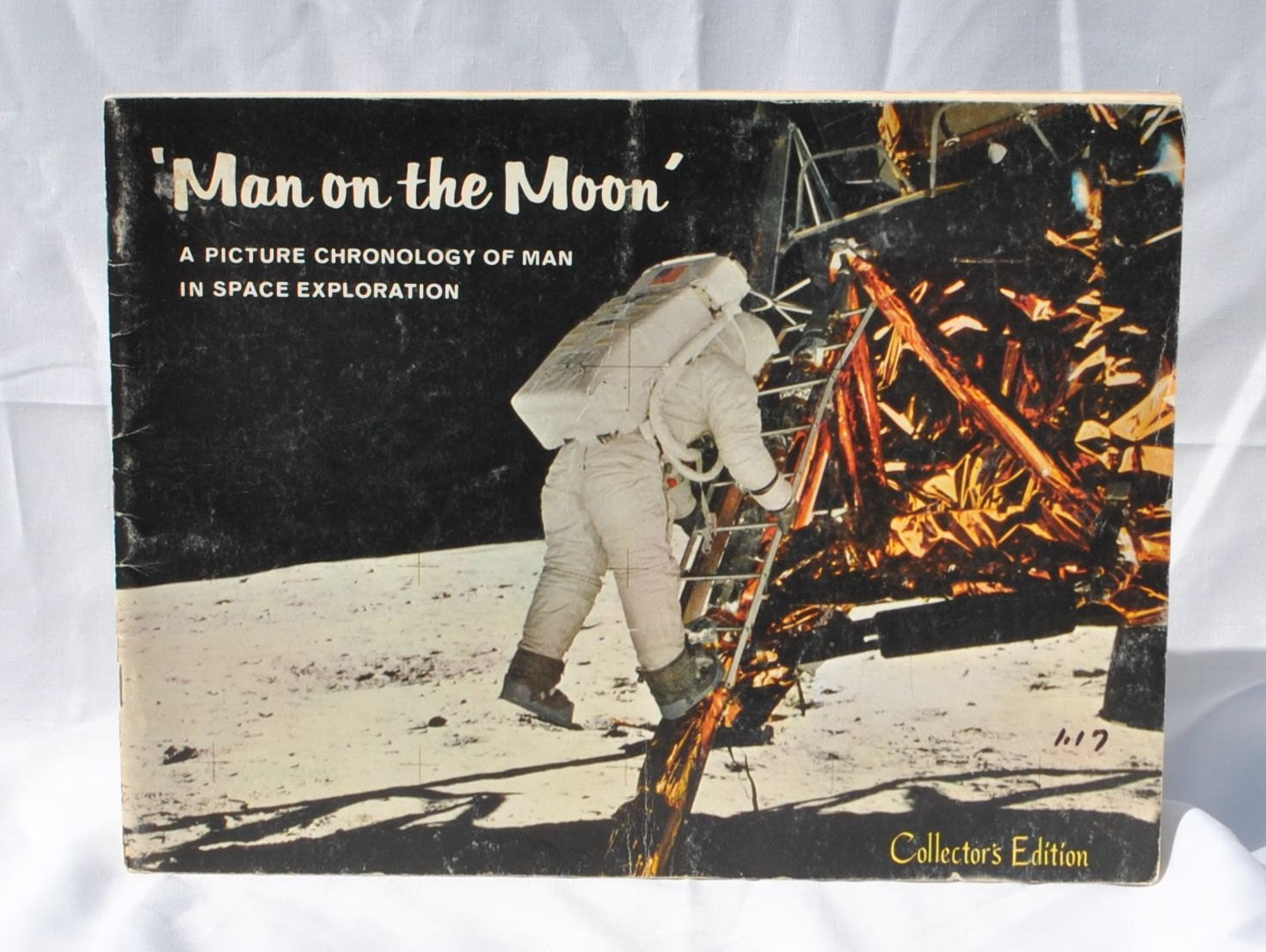 Vintage Man On The Moon Collectors Edition Book 1969 Paperback Apollo 11 Mission Milestones Space Progress Astronauts Mars