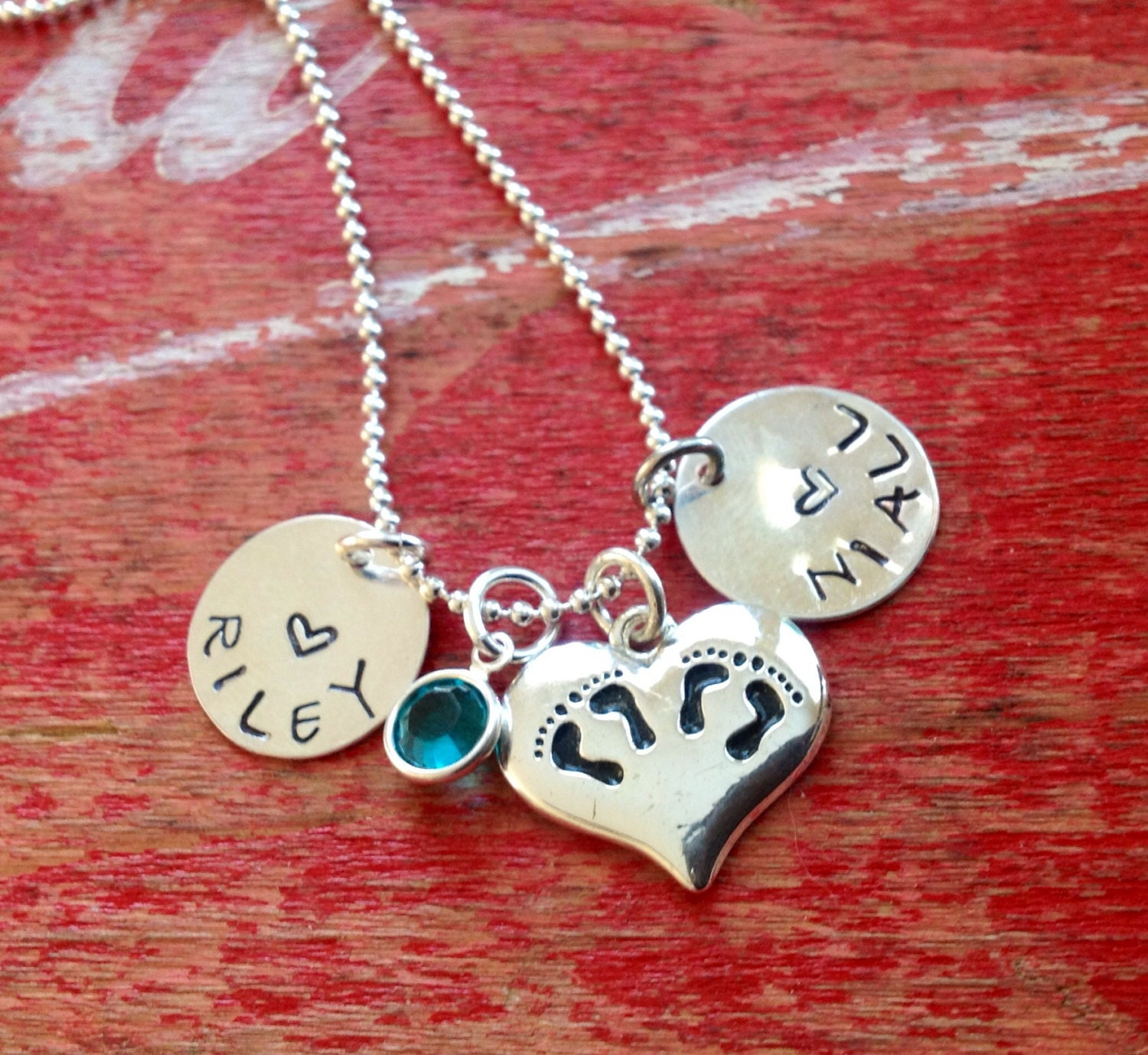 personalized twins jewelry mom 39 s necklace mothers day. Black Bedroom Furniture Sets. Home Design Ideas
