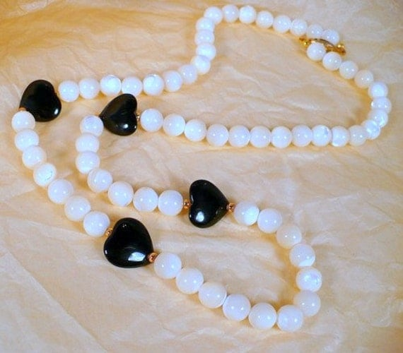 Mysterious Moonstone Necklace 10mm Rounds Onyx Heart Necklace 25 inch