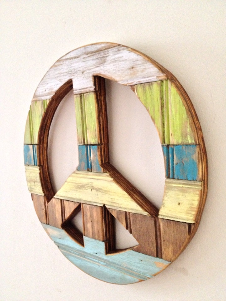 Small Rustic Wood Peace Sign Wall Decor By Shoponelove On Etsy