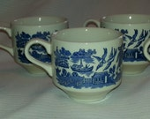 6 Blue Willow Cups