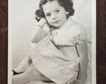 Original Vintage Photograph Pretty Little Lady With Ringlets