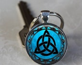 Blue Moon (Style 2) Celtic Triquetra Glass Dome Keychain (GDKC0401)