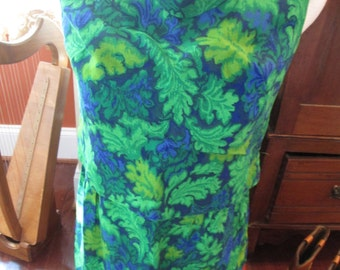 Vintage Peck and Peck Haberdasher Fifth Avenue New York Blue and Green Floral Print Dress, Size 13