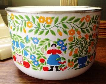 Kobe Dutch Design Enameled Large Bowl
