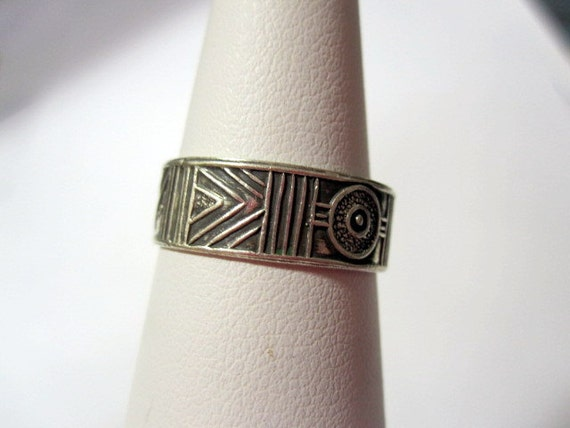 Tabra Sterling Silver Ring