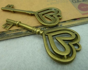 10PCS antique bronze  31x70mm carved heart key charm pendant- W3865