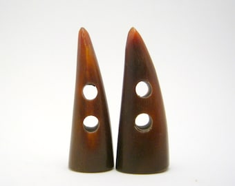 carved horn toggle buttons - 47mm - 2 buttons