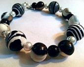 Black and White Striped Chunky Beaded Bracelet