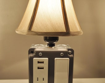 Vintage Style Table Or Desk Lamp With USB Charging Station