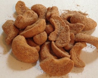 Cashews Infused with Cinnamon and Sugar Flavored  8oz Bag  wedding favors, gifts ,cashews with Sweet Cinnamon Sugar  Nuts