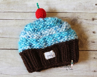 Knit Newborn Baby Cupcake Hat, Newborn Photography prop -- Made to order