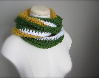 Crochet Green, White, and Gold, Yellow NHL Hockey, Football, Soccer Team Colors Infinity Scarf, Unisex Scarf, Men's Scarf
