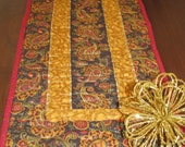 Quilted Table Runner - Paisley and Gold