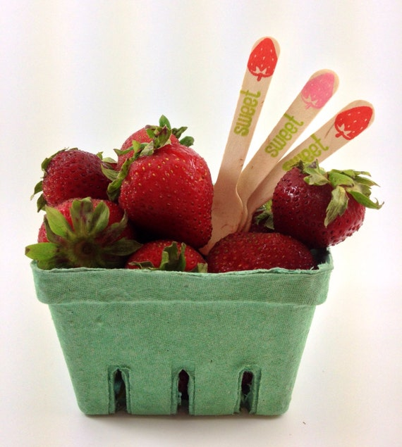 1 Dozen Berry Baskets - Pint Sized - Strawberry basket