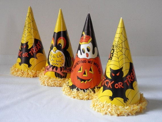 Vintage 50's  Halloween Party Hats and Noisemaker Horns