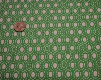 Timeless Treasures fabric White Medallions on Green