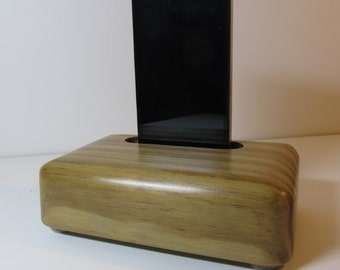 hand made iphone 4 or 5 or 6 ,6 plus itouch docking & charging station for home or office. Recycled pine.