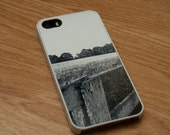 iPhone gift, Black and White Nature Landscape iPhone 5 5s 5c case, iPhone 4 and 4s case, White iPhone case, Black iPhone case, accessory