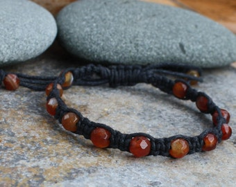 Macame Bracelet, Red Agate, Adjustable Bracelet, Macrame Jewelry, Stone Macrame, Stone Jewelry, Earthy Jewelry, Faceted Stone, Orange Red
