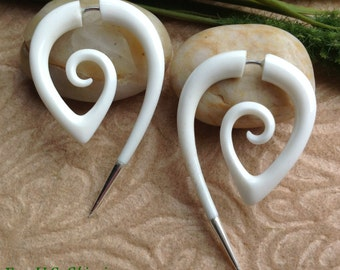 """Fake Gauge Earrings, """"Pointed Spirals"""" Bone, Natural, Handcrafted, Tribal"""