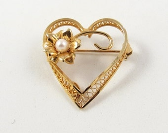 Vintage Delicate Gold Filled Floral Heart Pearl Pin Filigree