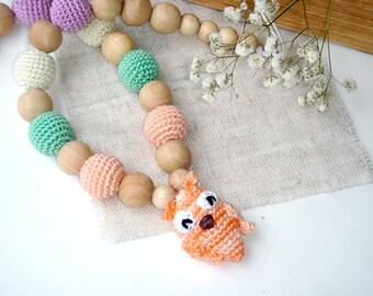 Nursing Necklace Owl Teething necklace with Toy Pastel colors Rainbow Breastfeeding BabyWearing