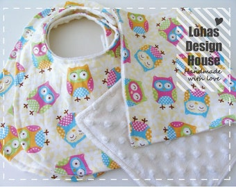 40% OFF SALE, 2 Baby Bibs and 1 Burp Cloth Set, Owl Print and Cream Bubble Dot Minky Bib and Burp Cloth set.