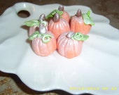 Gumpaste Pumpkin - confectionerygarden