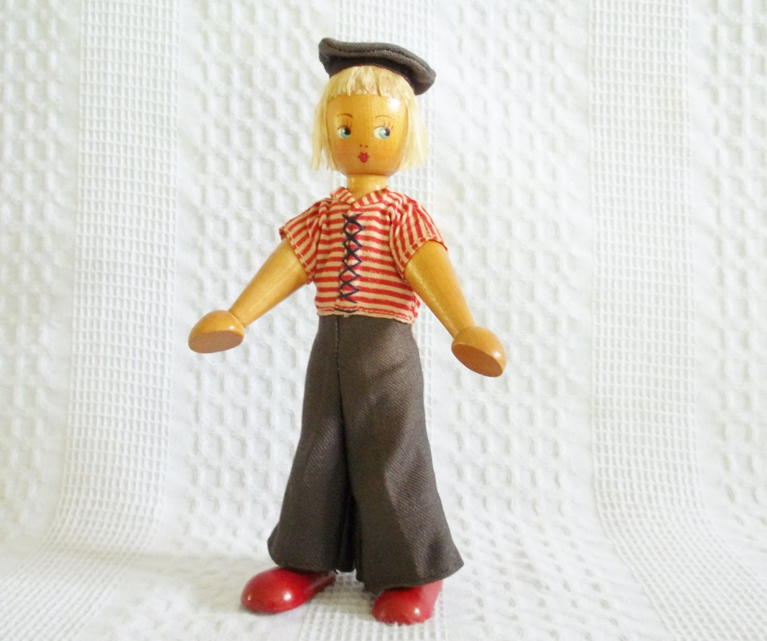 Vintage wooden doll Poland wood clothes pin doll clothespin