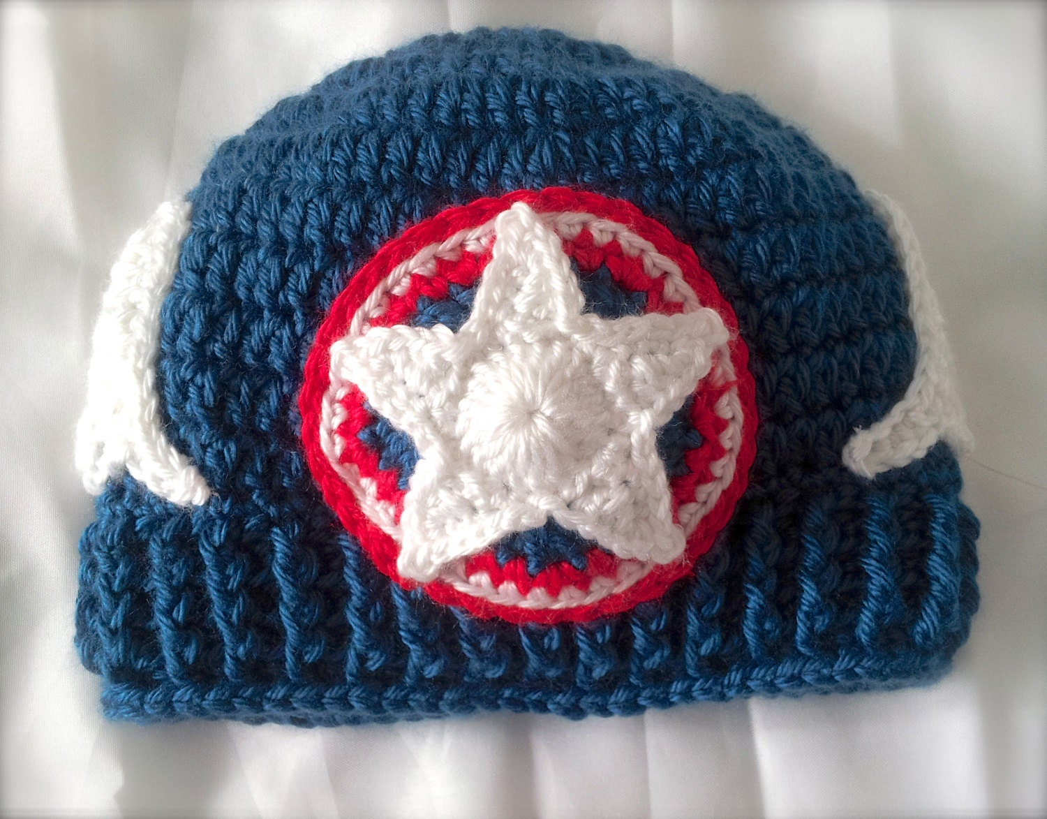 Captain America Knitting Pattern : Crochet Captain America Inspired Hat Red White and Blue with