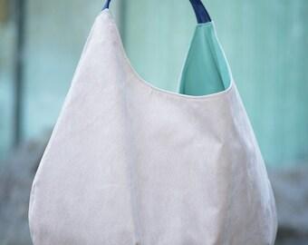 Hobo bag, big packable ashen bag, xxl shoulder bag, light grey large shoulder bag, eco suede handbag, oversized bag, slouch large bag