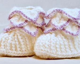 Handmade Baby girl boots, Crochet baby shoes, baby booties, infant boots, newborn-12 months