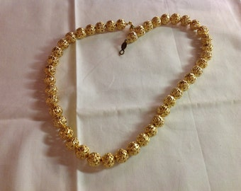 Vintage 1960s Napier Gold-tone Filigree Ball Design Necklace