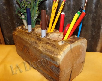 Back to School 2016 / 2017 -Wide Reclaimed Barnwood Desk Organizer - Pencil Holder - Paint Brush Holder - Desk Caddy - Naural Hand Hewn Wood