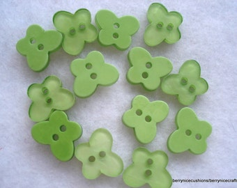 16mm Green Resin Butterfly Buttons, Pack of 20 Green Butterfly Buttons, A95