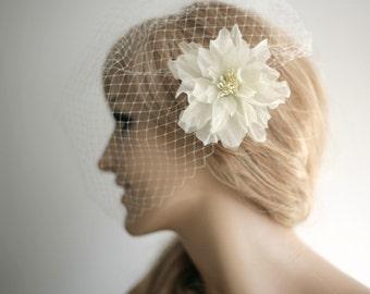 Birdcage veil with flower hair clip, wedding veil, flower hair clip, wedding accessory - Made to order