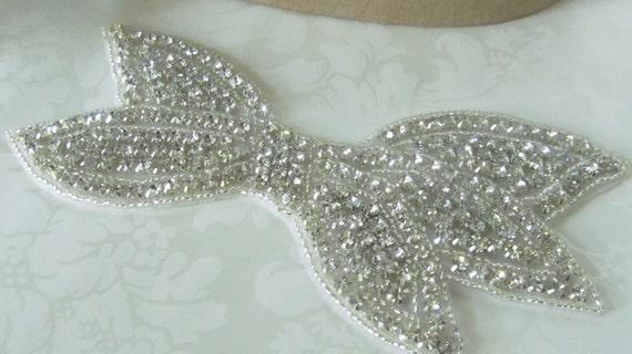 Rhinestone Applique / Beaded Applique Bow  / Bridal Applique/ DIY wedding  RA-01