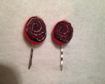 Red abstract hair clips