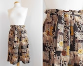 Handmade Shorts Skirt in Vintage Printed Fabric / Vintage Clothing / Size M